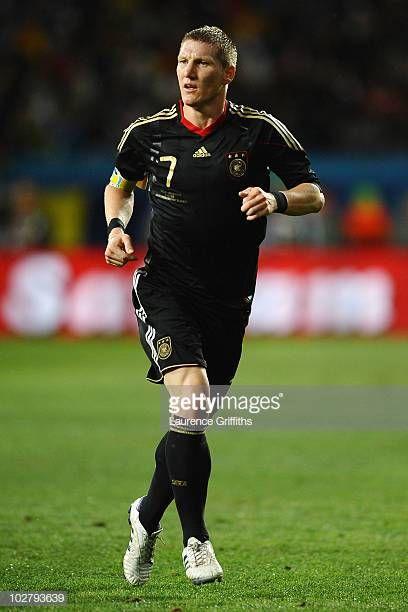 Uruguay V Germany 2010 Fifa World Cup Third Place Play Off Leyendas De Futbol Futbol Bastian Schweinsteiger