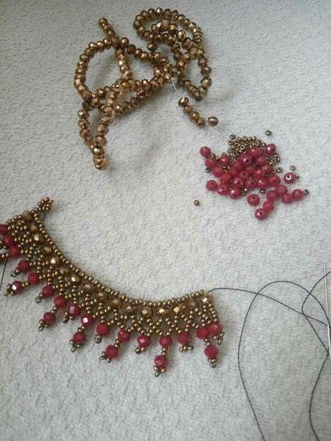 Best 11 Beautiful beaded necklaces – Page 561753753517050882 – SkillOfKing.