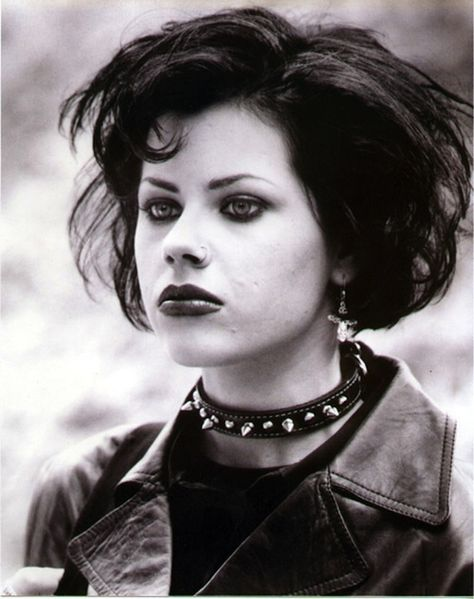 Balk is actually a Wiccan in real life. - -Fairuza Balk is actually a Wiccan in real life. - - The Craft What Androgynous Means For Your Hairstyle grunge Movie Trivia, Movie Facts, Funny Facts, Funny Jokes, The Craft 1996, The Craft Movie, The Smiths, Empire Records, Scary Movies