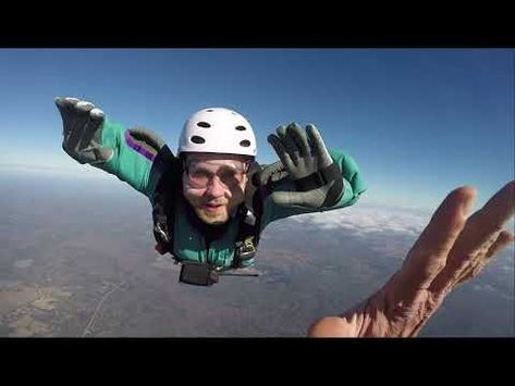 Skydive Aff Levels 1 8 Explained How To Learn Skydiving Youtube In 2020 Skydiving Learning Explained