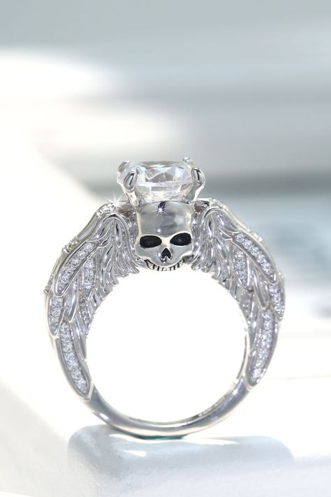 Round Cut White Cubic Zirconia Skull Series Sterling Silver Promise Ring