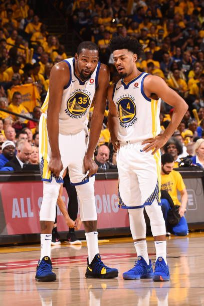 Kevin Durant And Quinn Cook Of The Golden State Warriors Talk During The Game Against The San Anto Golden State Warriors Golden State Warriors Pictures Warrior