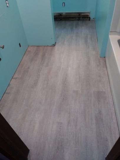 Trafficmaster Canadian Hewn Oak 6 In X 36 In Luxury Vinyl Plank Flooring 24 Sq Ft Ca Luxury Vinyl Plank Flooring Luxury Vinyl Plank Vinyl Plank Flooring