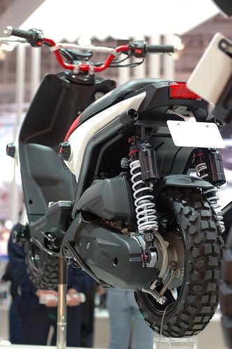Installing a Zuma BWS 125 Engine Stretch