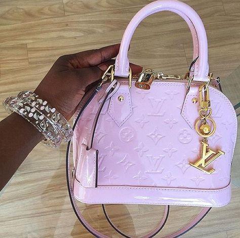 Sacs Louis Vuiton, Louis Vuitton Bags, Louis Vuitton Jewelry, Luxury Purses, Luxury Bags, Cute Handbags, Purses And Handbags, Replica Handbags, Louis Voitton
