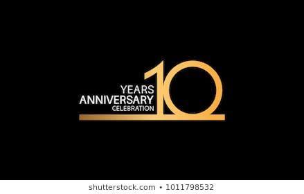 10周年記念のロゴタイプ 1本線の金色と銀色のお祝い用 のベクター画像素材 ロイヤリティフリー 1011798532 1011798532 10 周年記念のロゴタイプ1本線の金色と銀色のお祝い用のベクター画像素材ロ Anniversary Logo 10 Logo Anniversary Sale Poster
