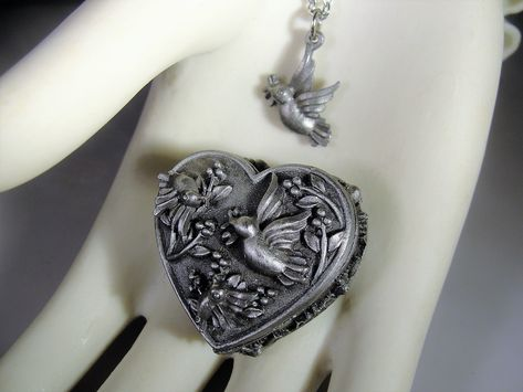 Buy Low Investment Pendant Oval Trinket Jewelry Box