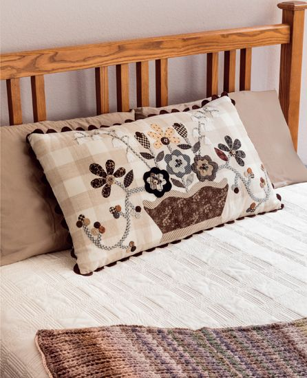 Back-Porch Basket pillow by Pat Wys, from the book Knockout Neutrals.