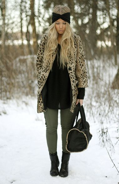 Military green skinny's with a leopard coat. Cute!