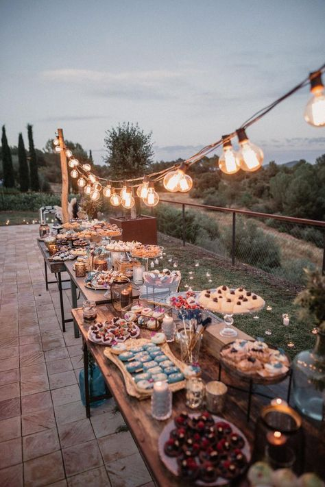 rustic country wedding food ideas for small weddings wedding reception backyard 23 Stunning Small Wedding Ideas on a Budget - Oh Best Day Ever Rustic Wedding Reception, Fall Wedding, Dream Wedding, Wedding Backyard, Reception Ideas, Wedding Venues, Trendy Wedding, Unique Wedding Food, Wedding Food Bars