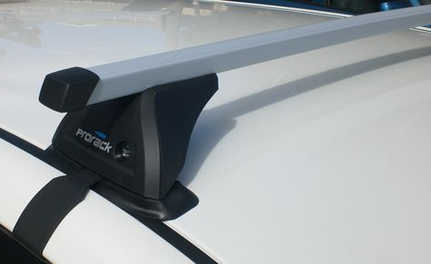 Gutterless Roof Racks Fit Via Specific Fitting Kits That Contains Clamps That Tighten Around The Door Shut Of The Vehicle Bicicletas