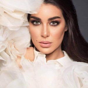 Al Waleed Optics Contact Lenses Colour Lenses Bella Amara Lenses Arab Celebrities Muslim Beauty Egyptian Actress