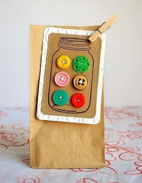 Tag: Mason jar filled with buttons.