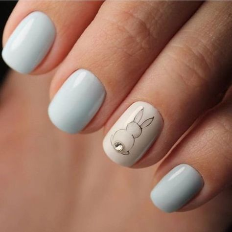 http://www.revelist.com/nails/easter-nail-art/12096/This accent nail has a bunny with a DIAMOND tail!