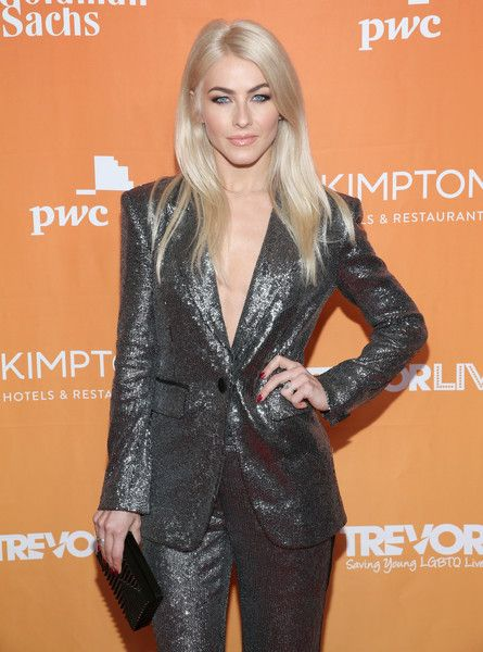 Julianne Hough attends The Trevor Project's 2017 TrevorLIVE LA Gala.