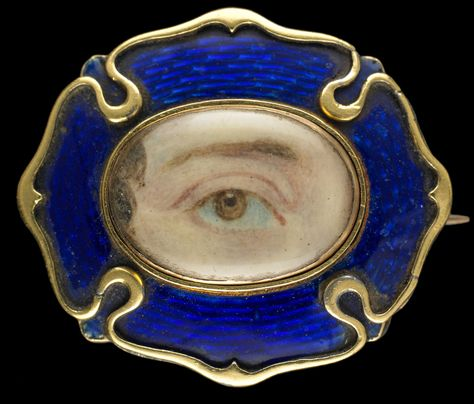 Yellow gold brooch with cobalt blue enamel frame, ca. 1820. Collection of Dr. and Mrs. David Skier. #lookoflove #eyeminiatures #loverseye