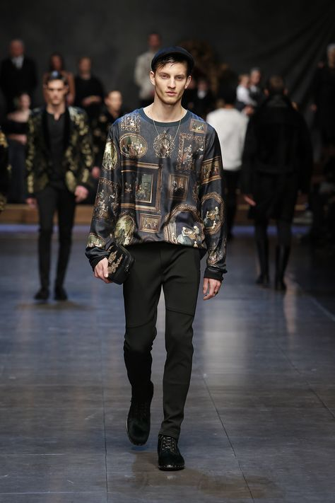 dolce-and-gabbana-winter-2016-man-fashion-show-runway-22