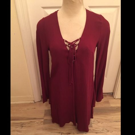 NWT Hippie style dress! ✌️ NWT hippie style dress, perfect with sandals and cute for this summer!  burgundy color! Dresses Mini