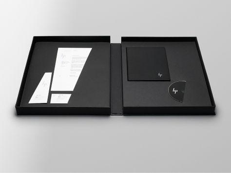 Designspiration — MovingBrands_HP_Case_Study_Stationeryset.jpg 980×736 pixels