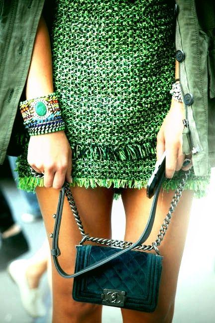 Kultstatus | D I L E T T A N T E |  Miroslava Duma  in Green  tweed & Chanel
