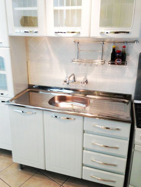 Kitchen, 1950u0027s, Metal Cabinets, Refinished, Youngstown | Cabinet  Refinishing, Metals And Kitchens