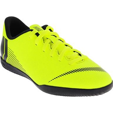 Nike Jr Vapor 12 Club Gs Is Indoor Soccer Boys Girls Volt Black Soccer Shoes Indoor Soccer Soccer Boys