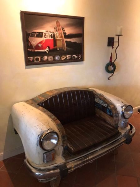 Absolut Kultig Und Stylisch Ist Das Sofa Mit Cooler Autofront Die Couch Wird Aus Dem Recycelten Auto Sofa 2 Sitzer Aus Original Autofron Sofa Wohnen Couch