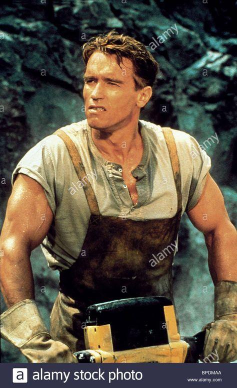 TOTAL RECALL T-shirt Arnold Schwarzenegger Sharon Stone Paul Verhoeven 1990