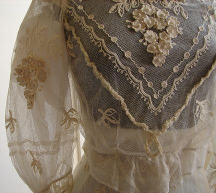 Maria Niforos - Fine Antique Lace, Linens & Textiles : Antique & Vintage…