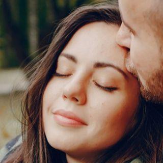 4 Besos Que Solo Dará Un Hombre Enamorado En Pareja En 2020 Hombre Enamorado Relaciones De Pareja Felices Significado De Los Besos