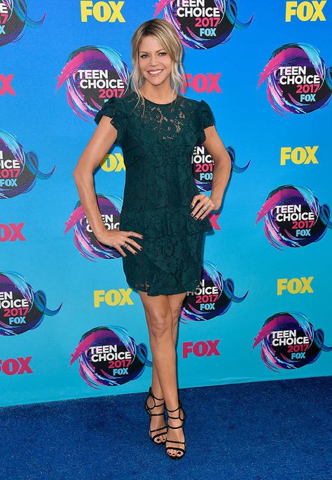 58e9177e7f1 List of Pinterest teen choice awards 2017 red carpet pictures ...