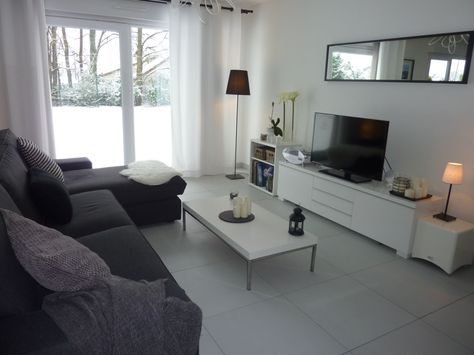 Salon canapé noir déco bois et gris For the Home Pinterest