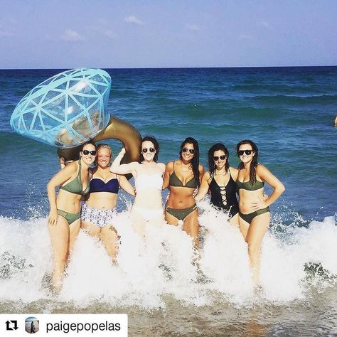 Credit to paigepopelas  Beachin' with the bride-to-be  #seaGRAHAMS    #HollywoodTapFL #HollywoodFL #HollywoodBeach #DowntownHollywood #Miami #FortLauderdale #FtLauderdale #Dania #Davie #DaniaBeach #Aventura #Hallandale #HallandaleBeach #PembrokePines  #Miramar #CooperCity #Plantation #SunnyIsles #MiamiGardens #NorthMiamiBeach #Broward