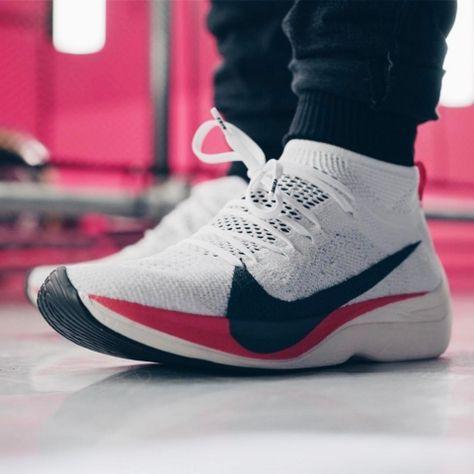 Nike Zoom VaporFly Elite Detailed Look   Nike zoom, Footwear and Running  shoes