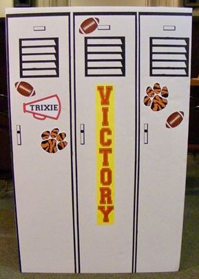 Game On themed VBS decoration idea – lockers for door or