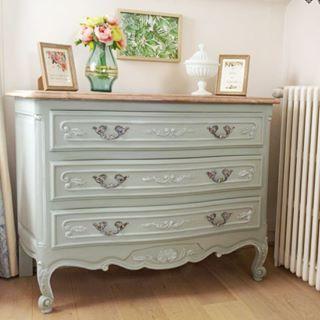 Patine A La Cire Doree Sur Chalk Paint Action Conclusion Sur Le Chevet Mobilier De Salon Relooking Meuble Et Decoration Maison
