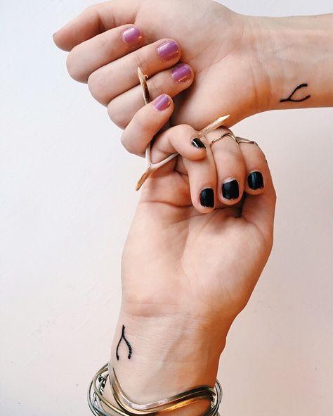 Wishbone sister tattoos :) #tattoos #wishbone #wristtattoo #wishbonetattoo