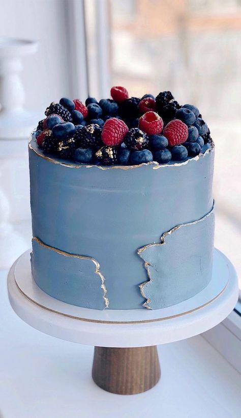 37 Pretty Cake Ideas For Your Next Celebration : Pretty Two tone Cake