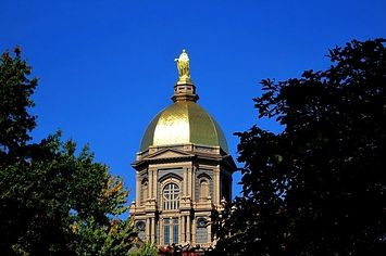 27 Signs You Went To Notre Dame