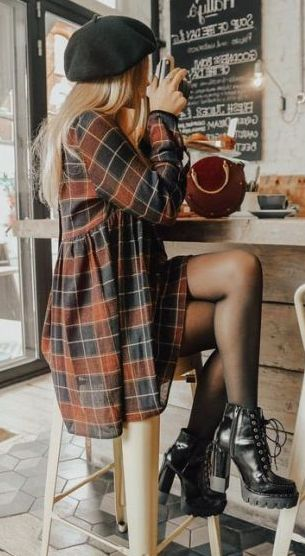 25 Charming Women Streetsyle You Must Try This Fall - Neve S. - 25 Charming Women Streetsyle You Must Try This Fall – Neve S. Fall Winter Outfits, Autumn Winter Fashion, Black Men Fall Fashion, Fall Fashion Tights, Edgy Fall Outfits, Autumn Girl, Flannel Fashion, Cute Casual Outfits, Casual Winter