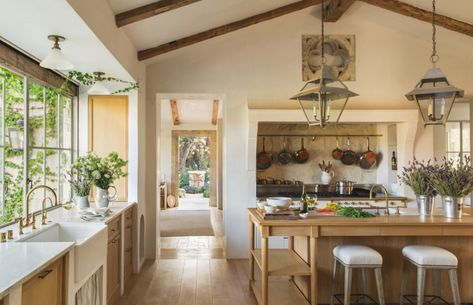 This contemporary-style country kitchen looks like the perfect space I'd want to cook in!
