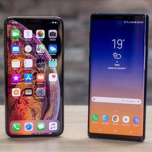 Note 9 vs iPhone XS Max vs LG V40 vs OnePlus 6T best