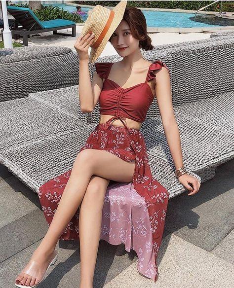KOREAN STYLE SPLIT SEXY BEACH BIKINI SET WITH SKIRT - Red / XL