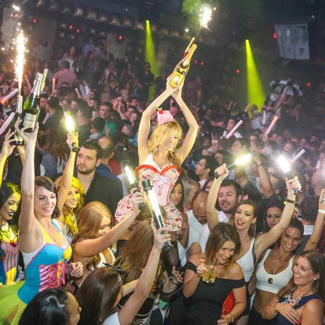 The 15 Best Night Clubs in Vegas // Thrillist