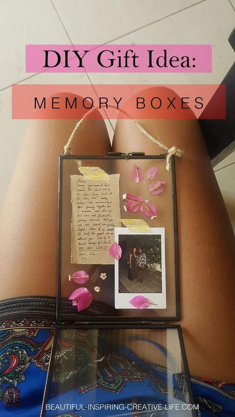 Glass Frame Memory Box (Great Gift For Her!) Absolutely beautiful and easy gift idea for her (great idea for a DIY gift for mum!) a little memory box.Absolutely beautiful and easy gift idea for her (great idea for a DIY gift for mum!) a little memory box. Cute Best Friend Gifts, Homemade Gifts For Friends, Diy Gifts For Mom, Easy Diy Gifts, Handmade Gifts, Diy Home Decor Bedroom, Diy Home Decor On A Budget, Present For Mom, Graduation Gifts For Best Friend