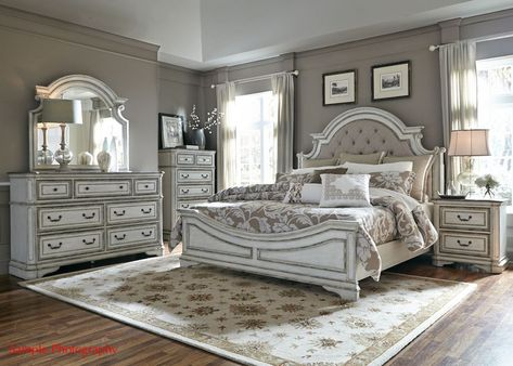 Liberty Magnolia Manor 4-Piece Upholstered Bedroom Set in Antique White