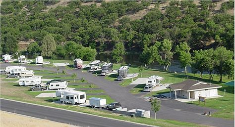 Desert Palms Mobile Home RV Park At Bakersfield CA