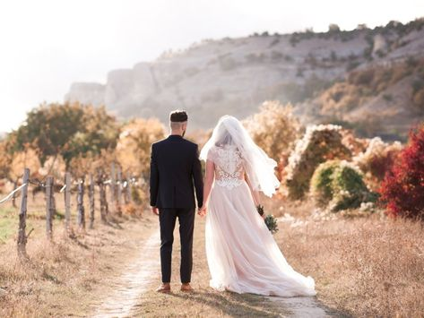 The biggest wedding regrets couples have