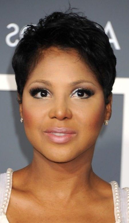 30 Fetching Short Pixie Cuts for Black Women to Sport This Season - Short Pixie Cuts