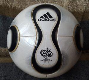 A Balon Ball Adidas Teamgeist Match Ball World Cup Germany 2006 Fifa Approved World Cup Fifa Ball